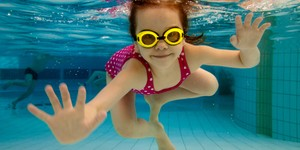vcare-hearing-clinic-perth-swimmers-plugs